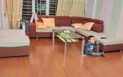 Bán gấp nhà phố Dương Quảng Hàm, 60m2, 5 tầng, Ô tô vào nhà, 6,45 tỷ.