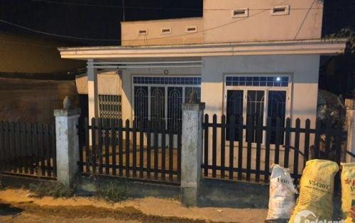 Bán 3 căn nhà vị trí đẹp gần Hồ Xuân Hương, phường 1, Đà Lạt, tiện KD