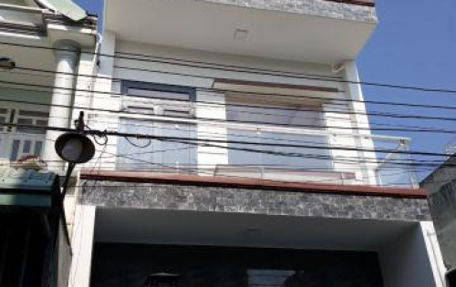 Bán nhà 2 lầu 1 trệt,giá rẻ,gần chợ đông hòa,dĩ an,bình dương,70m,giá 2.9 tỷ LH:0971201229