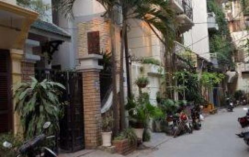 Bán nhà Thái Hà, diện tích 50m2, 4 tầng, mặt tiền 6m, ô tô vào nhà, làm văn phòng được, giá 10,5 tỷ