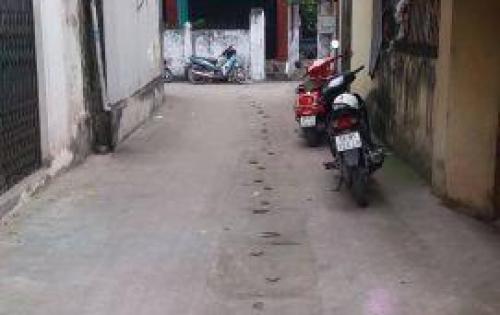 Bán gất nhà 2 Tầng TDP Bình Minh, Trâu Qùy 47.6m2, Gía 1 Tỷ (HÀNG HÓT, GIÁ RẺ)
