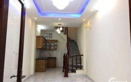 Nhà 5 tầng phố Nguyễn Viết Xuân, 31m2 ô tô 7 chỗ vào nhà chỉ 3.05 tỷ
