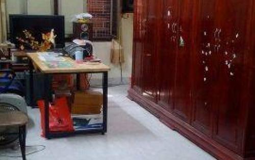 Cần bán nhà phân lô vip Lê Thanh Nghị, ô tô tránh, 30m2, 6 tầng, 4.25tỷ