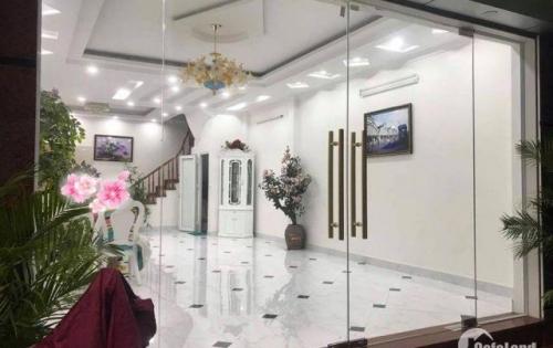Bán nhà Phố Trương Định,66m, 5m ra mặt phố, ô tô vào nhà, 4 ngủ, nhà mới