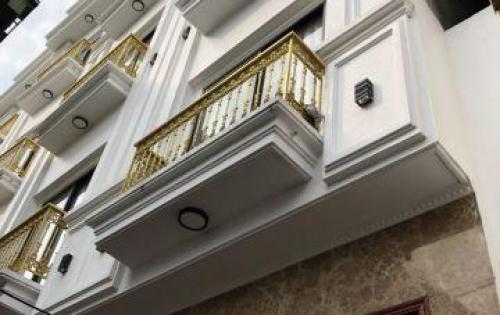 Bán nhà 3.5 tầng, full nội thất tại phường Long Biên, Hà Nội, 3,28 tỷ