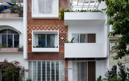 Bán gấp nhà mặt tiền Quận 1, đường Trần Khánh Dư, P Tân Định