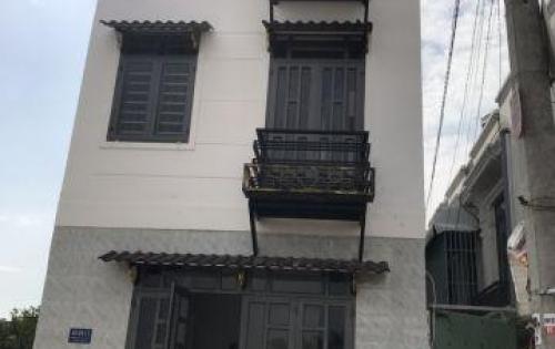 Cần bán nhà nhỏ mặt tiền đường 8m, P.Thạnh Xuân, Q12. Giá: 1ty55
