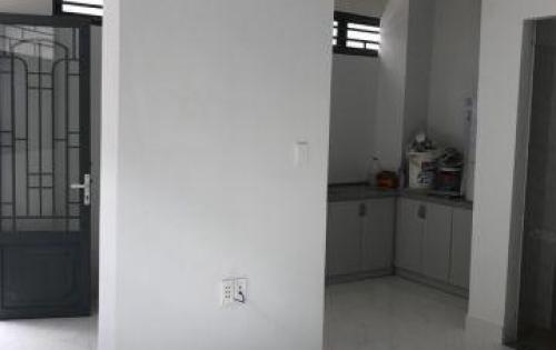 Nhà bán hẻm 1113 Huỳnh Tấn Phát, Quận 7, hẻm XH, DT: 36m2. Giá 2.65 tỷ, LH: 0933334829