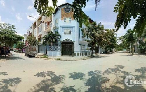 Bán biệt thự góc 2 mặt tiền KDC Savimex quận 7 ( ngay chợ Phú Thuận).