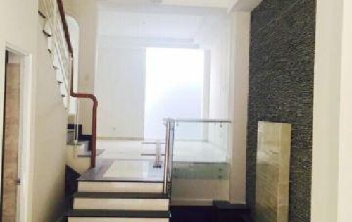 Bán nhà 2 lầu mới đẹp hẻm 8m Bùi Văn Ba quận 7