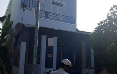 Cần tiền trả nợ bán nhà gấp đường Phạm Thế Hiển Quận 8 40m2 giá 2,1 tỷ lh:0907057432