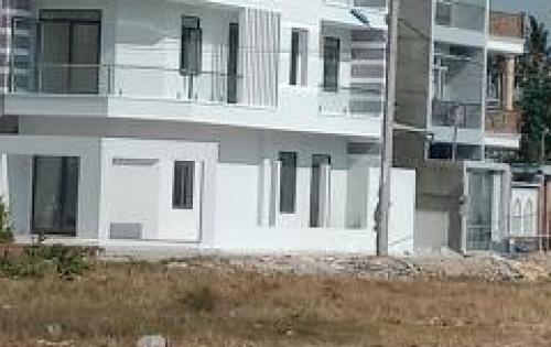bán nhà phố mới xây, sổ hồng riêngtại đường lê văn việt, quận 9, tphcm