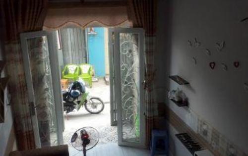 Bán nhà 1T, 2L,giá 2 tỷ100tr,sổ hồng chính chủ, 1/ đường Tân Kì Tân Quý gần Aeon