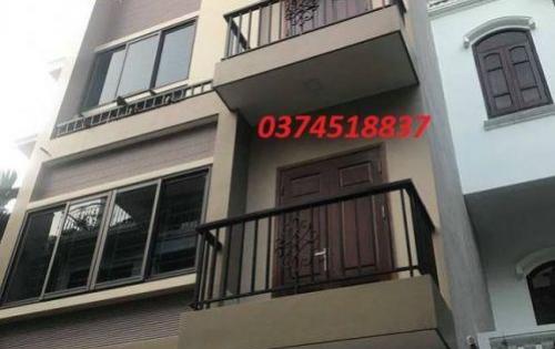 Bán nhà đẹp 4 tầng kinh doanh tốt 39m 3 ngõ thông ra đường Kim Giang Nguyễn Xiển giá 3,3 tỷ.