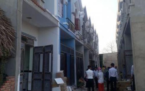 Mở bán Khu nhà phố Bình Chuẩn,Thuận An đúng giá 950tr/căn,dt 4x15,100% thổ cư,đường 6m.Lh 0333372034  gặp Mr Vinh