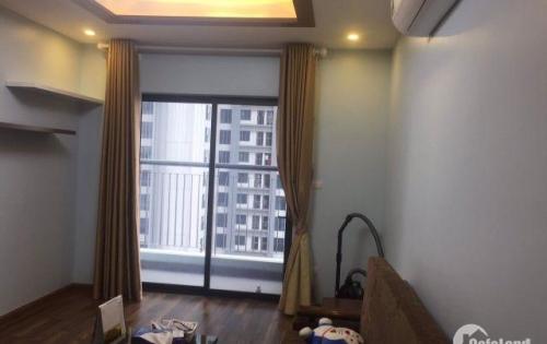 Căn hộ 3 phòng ngủ hướng Đông Nam tòa R3 Goldmark City full nội thất