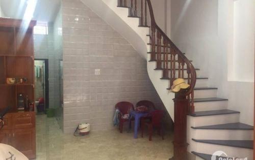 Bán nhà Nam Từ Liêm,30 m2+4 tâng, ô tô để trong nhà,giá 3,55 tỷ