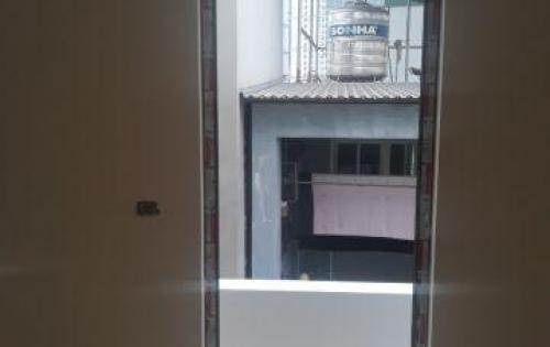 Căn nhà 5 tầng 43m2 trên đường mỹ đình 1 đang thông báo tim chủ nhân xứng đáng với mức chi phí 4,6 t