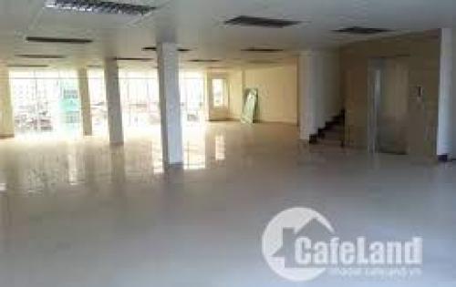 *** Tòa nhà cao cấp ở cầu giấy, sàn văn phòng,thời trang,phòng tập….DT 320m2 giá cả hợp lí,ở Duy Tân.0981811499