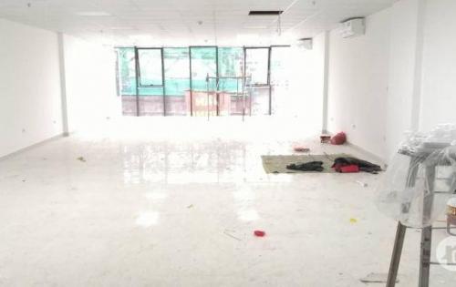 Cho thuê duy nhất văn phòng  DT 150m2 mặt tiền 8m khu vực Đống Đa