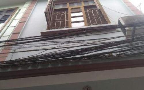 Cho thuê nhà 2.5 tầng, 2PN,full đồ tại Thạch Cầu, Long Biên, 4tr/tháng