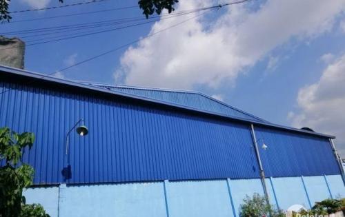 Cho thuê kho, xưởng sản xuất 1000m2 xe cont 40f đỗ cửa tại Giang Biên Tôi cần cho thuê gấp kho-xưởng sản xuất với diện tích 1000m2 cách xa khu dân cư ở đây có t