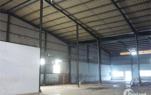 Cho thuê kho, xưởng Quận Tân Phú, 400m2 - 500m2. Lh 090 242 8186 mr.Thuần.