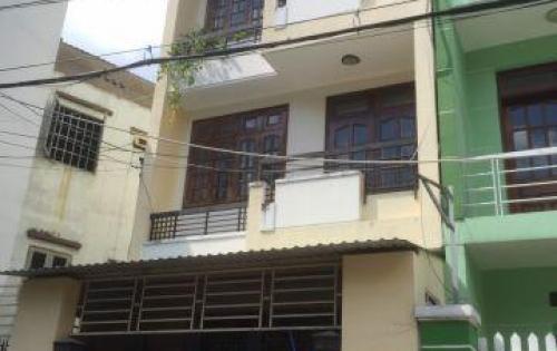 Nhà 4.5 x22, trệt, 3 lầu, 4 PN, khu nội bộ Hoàng Diệu 2 cần cho thuê.