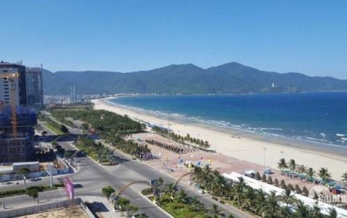 Cho thuê cặp đất mặt tiền rộng 10m đường Phạm Văn Đồng thông ra biển, gần khách sạn Vivian