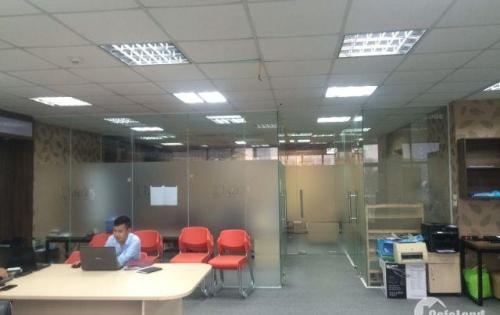Chính chủ cho thuê văn phòng cực đẹp 130m mặt phố 18 MIếu Đầm Đống Đa miễn phí 1 tháng tiền thuê