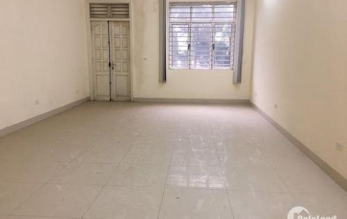 Cho thuê 3 tầng nhà làm văn phòng , lớp học tại số 36 ngõ 196 Đường Hồ Tùng Mậu - Cạnh Gold Mark