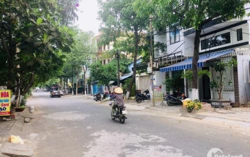 Bán đất đường 7,5m thông dài Nguyễn Phong Sắc gần ngã tư. Tặng ngay nhà cấp 4 mới xây có gác đúc