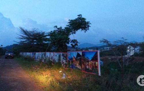 Bán 2 lô đất DT lớn đường Măng Lin, Đà Lạt, tiện phân lô, nghỉ dưỡng