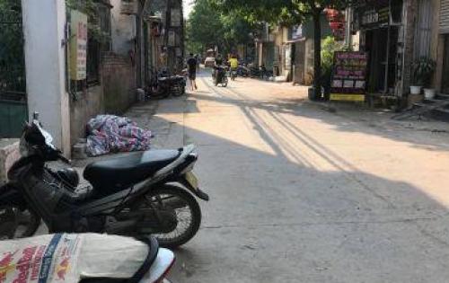 Bán 52m2 đất ở Đường Cửu Việt, Trâu Quỳ giá 1,5 tỷ [HOT]