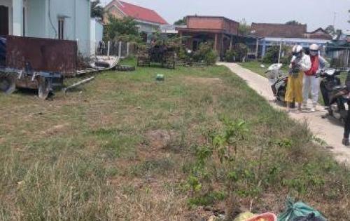 Bán lô đất MT Lê Thị Hà, Hóc Môn . 5*40m, giá chỉ 4,5tr/m2. LH: 0934053831