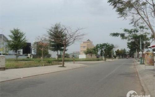 Đất nền bán nhanh mặt tiền đường Đỗ Xuân Hợp, Quận 9, chính chủ