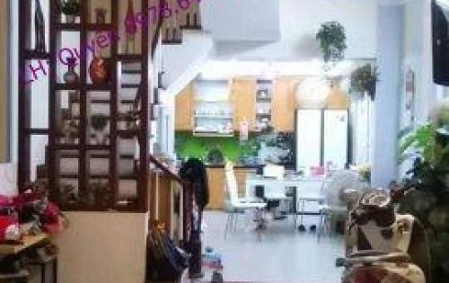 Nhà Phùng Chí Kiên, Cầu Giấy 51m2, 5T, bán 5.4 tỷ ( 7 phòng ngủ )