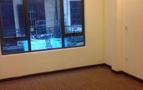 Chính chủ bán nhà 5 tầng nở hậu, phố Trần Cung, 35m2, MT 3,6m, giá 3,5 tỷ