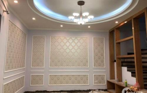 Cần nhà mới 2 mặt thoáng 5 tầng 40m Nguyễn Khánh Toàn, giá chỉ 4.4 tỷ!