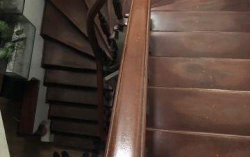 Thật tuyệt khi sở hữu nhà 4 tầng 40m2 tại Xuân Thủy chỉ với giá chỉ 4,7 tỷ