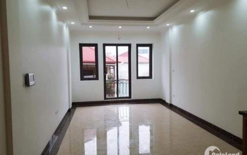 Cần bán GẤP nhà 45m2x5 tầng kinh doanh Trần Quang Diệu, LH 0919.279.002