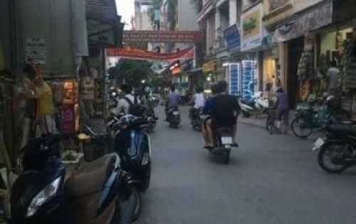 Bán nhà đẹp, có vỉa hè, kinh doanh sầm uất ở Nguyễn Chí Thanh.