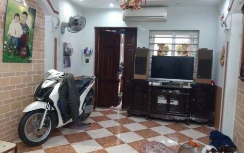 Bán nhà Minh Khai 46m2x2T, Ô tô đỗ cửa, giá 5,7 tỷ