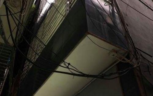 Cần bán ngay nhà phố Bạch Mai- kinh doanh quá đỉnh, 30m2 mặt tiền 4m,oto qua ngày đêm