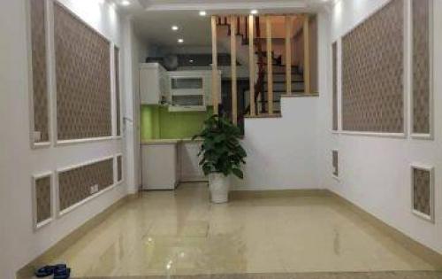 Bán nhà đẹp phố tân mai  giá siêu rẻ 30m2 5 tầng Giá 2.6tỷ.
