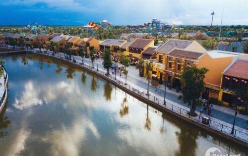 Bán nhà mặt tiền Quảng Trường Sông Hoài - Hội An