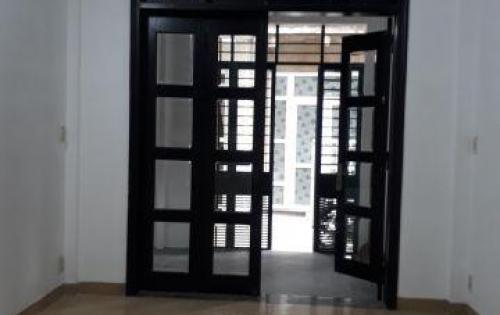 Bán nhà 2 tầng kiệt Hải Triều TP Huế giá rẻ. LH: 0935 163 460