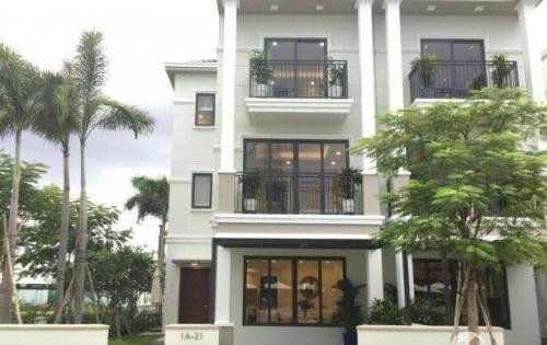 Bán nhà 2 lầu 3pn mt ql 1A, ngay gần chợ Bình Chánh, SHR giá 2,1 tỷ