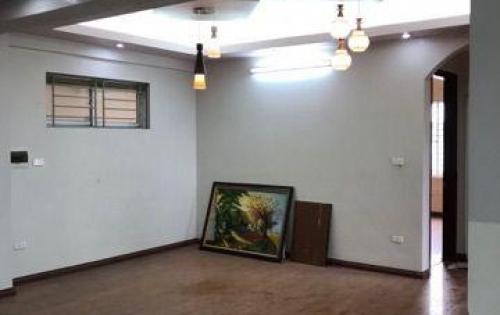 Bán căn hộ chung cư S: 110m2 giá rẻ nhất tòa CT20E KĐT Việt Hưng, Long Biên. S: 110m2. Giá: 1,53 tỷ