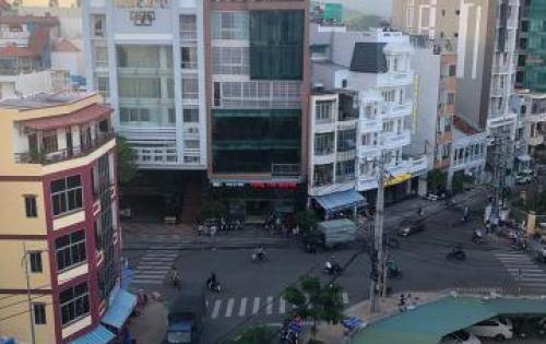 Bán khách sạn  7 tầng mới, đẹp gần biển gần chợ đầm nha trang